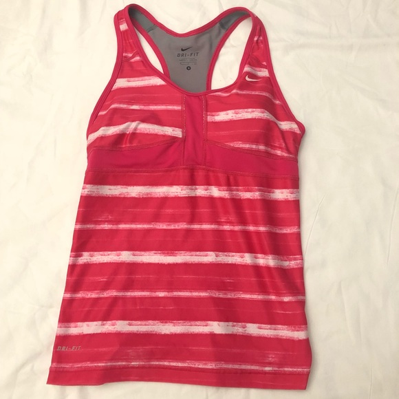 Nike Tops - Nike Dri Fit tank Sz Small